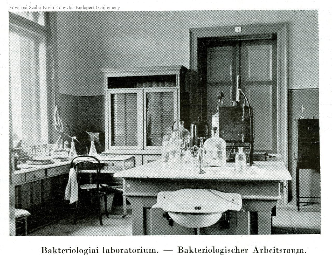 fszek_bakteriologiai_labor.jpg