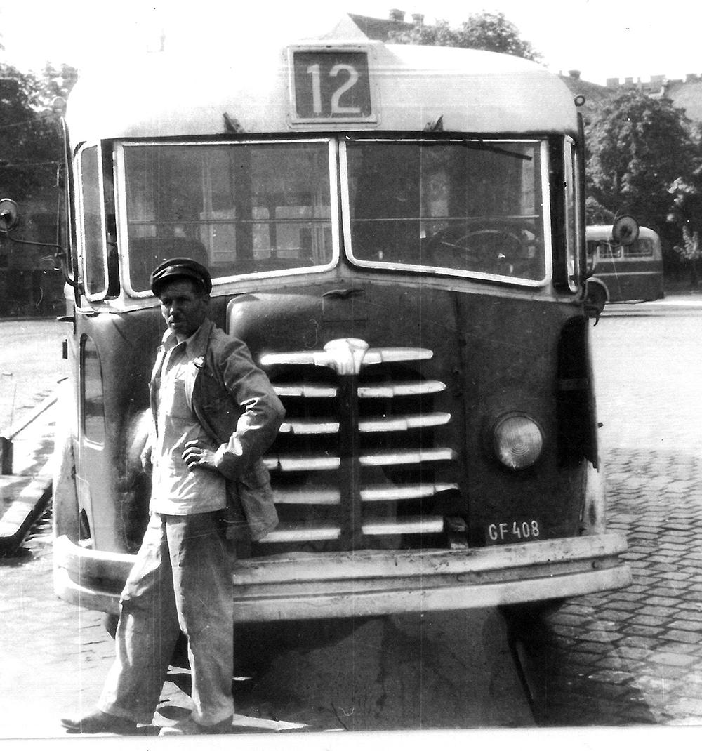 mavag_tr5-os_trambusz2.jpg