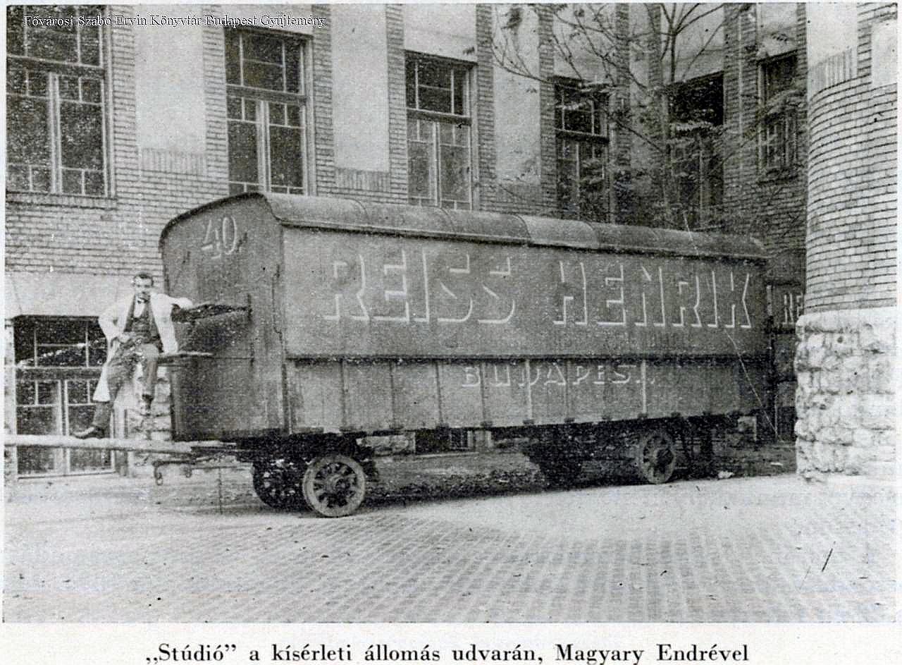 studio_a_posta_kiserleti_telepen_gyali_ut_1923-1925_fszek_bgy.jpg